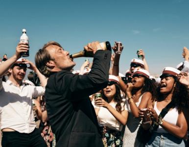 Jak się rozwija uzależnienie od alkoholu? Oto 4 kluczowe fazy