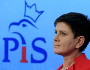 PiS już nie chce mówić o Smoleńsku i krzyżu