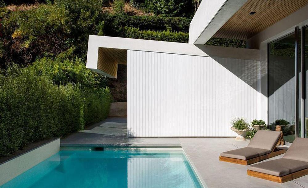 Dom jest położony w Sunset Strip, Los Angeles