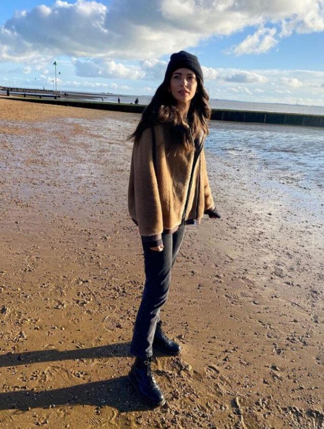 Caitlin Burles