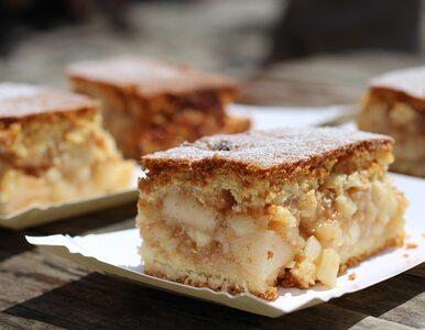 Szarlotka, jabłecznik, ciasto z jabłkami – czy wiesz, jak je rozróżnić?