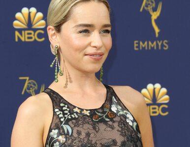 """Emilia Clarke uczciła nagrodę dla """"Gry o tron"""". Nowy tatuaż aktorki"""