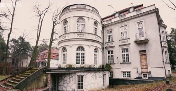 Zabytkowa willa za 13 milionów. Tak wygląda dom, który sprzedaje Joanna...