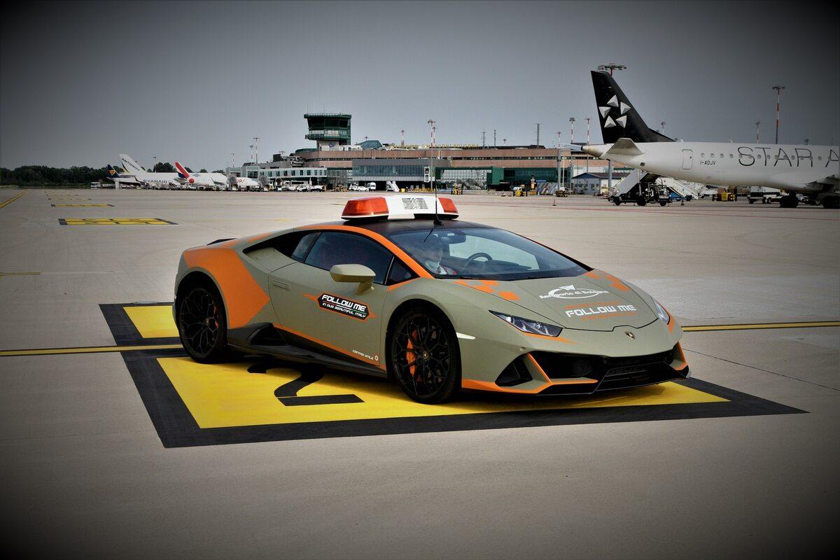 Lamborghini Huracan Evo Follow Me