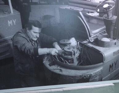 Przed dawnym warsztatem Lecha Wałęsy odsłonięto tablicę pamiątkową