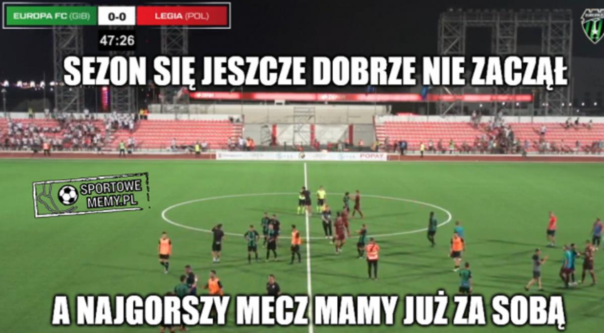 Legia remisuje z drużyną Europa FC. Internauci tworzą memy