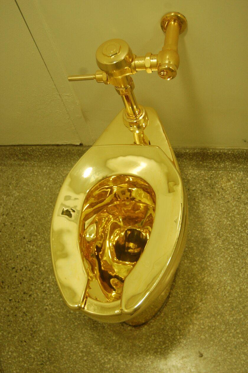 Złoty sedes