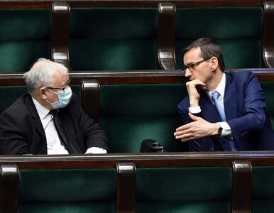 Zły sondaż dla PiS-u. Partia Kaczyńskiego traci samodzielną większość