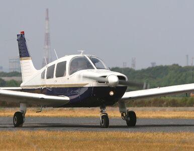 Samolot rozbił się w pobliżu autostrady, jedna osoba nie żyje
