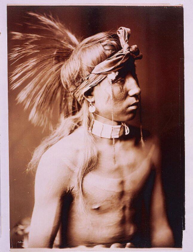 Chłopiec z plemienia Apaczów, 1905 rok