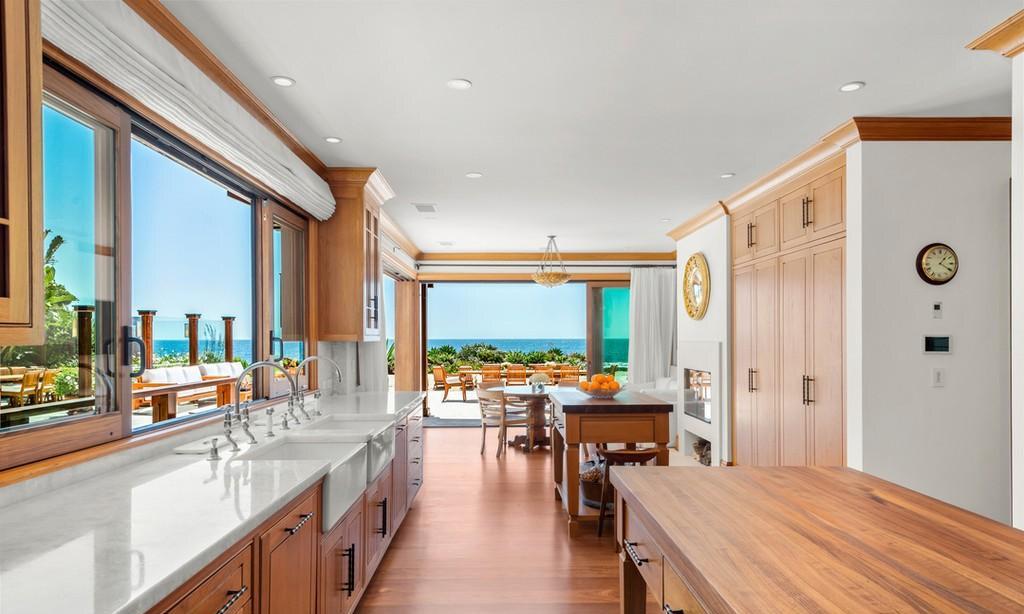 Dom Pierce'a Brosnana w Malibu
