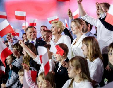Wyniki sondażu late poll. Jakie poparcie uzyskał Andrzej Duda?