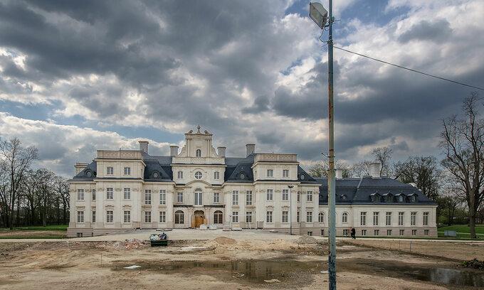 Pałac wChróstniku naostatnim etapie remontu