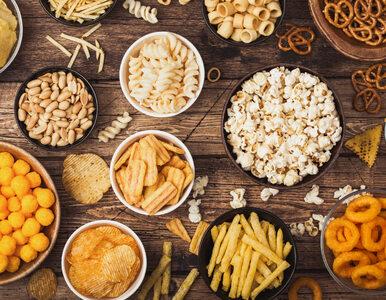 Nowe rozporządzenie KE. Chipsy, ciastka i krakersy znikną ze sklepowych...