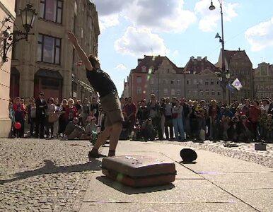 Artyści uliczni z całego świata na wrocławskim Rynku. Międzynarodowy...