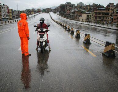 """""""Najsurowszy lockdown na świecie"""". Tak wygląda pandemia w Nepalu"""