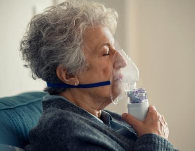 Jak obniżyć ciśnienie krwi? 5-minutowe ćwiczenie oddechowe może być tak...