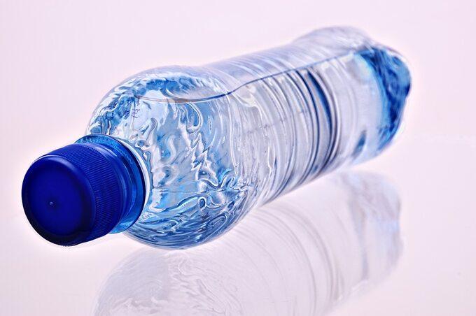 Butelka plastikowa, zdjęcie ilustracyjne