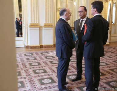 Hollande chce 3 miesięcy stanu wyjątkowego. Zwołano Kongres