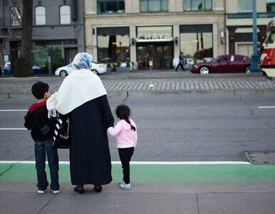 Muzułmanie rozdają dzieciom pieniądze na Krupówkach. Dlaczego?