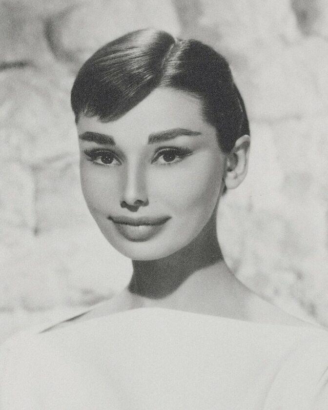 Audrey Hepburn AD 2018