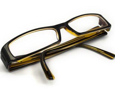Czarnecki nosi okulary za tysiąc złotych