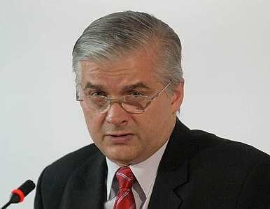 Sondaż: Cimoszewicz prowadzi, Tusk tuż za nim, Kaczyński daleko w tyle