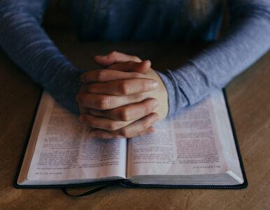Naukowcy: Ateiści częściej śpią lepiej niż katolicy i baptyści