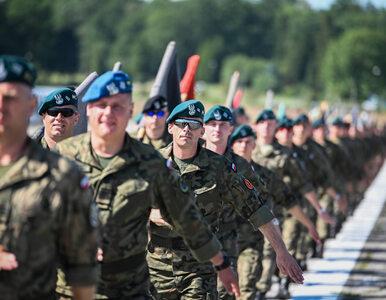 """NA ŻYWO: Obchody Święta Wojska Polskiego. """"Cześć i chwała bohaterom,..."""