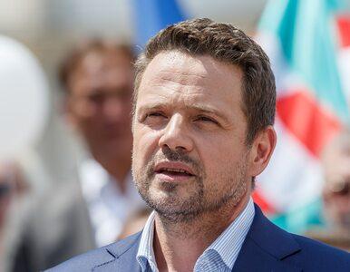 """Informator """"Wprost"""": Trzaskowski jest wściekły. Jeśli przegra z Tuskiem,..."""