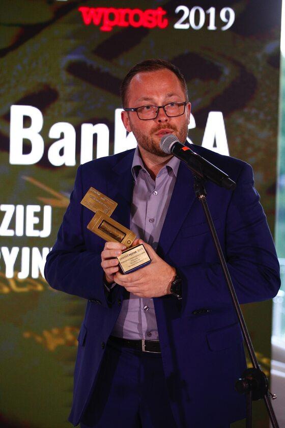 Bartosz Witorzeńć, Dyrektor Departamentu Klienta Grupy i CRM