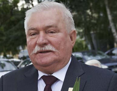 Wałęsa chce chipować polityków