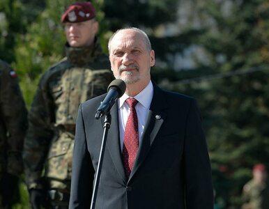 """Macierewicz o zagrożeniach, jakie """"wiszą nad Polską"""". """"Obecność wojsk..."""