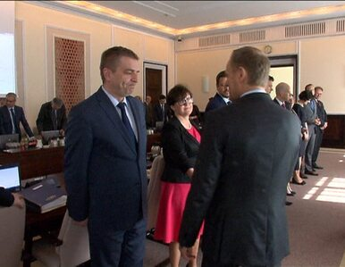 Tusk: Dlaczego Kaczyński wyszedł? Arłukowicz: Wystraszył się
