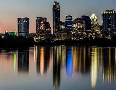 """Strzelanina w Austin w Teksasie, 13 rannych. Poszukiwany """"czarny..."""