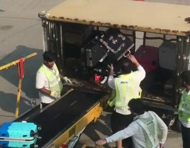 """""""Tak traktowane są nasze bagaże!"""". Film z lotniska obejrzały miliony"""