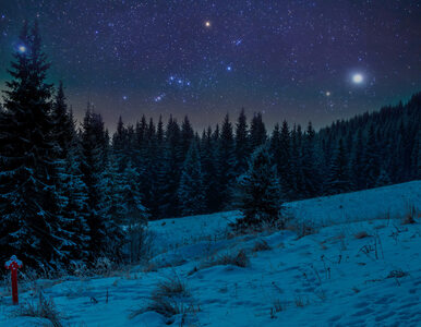 """W tym roku na niebie zabłysną aż dwie """"pierwsze gwiazdki"""". Zobaczymy je..."""
