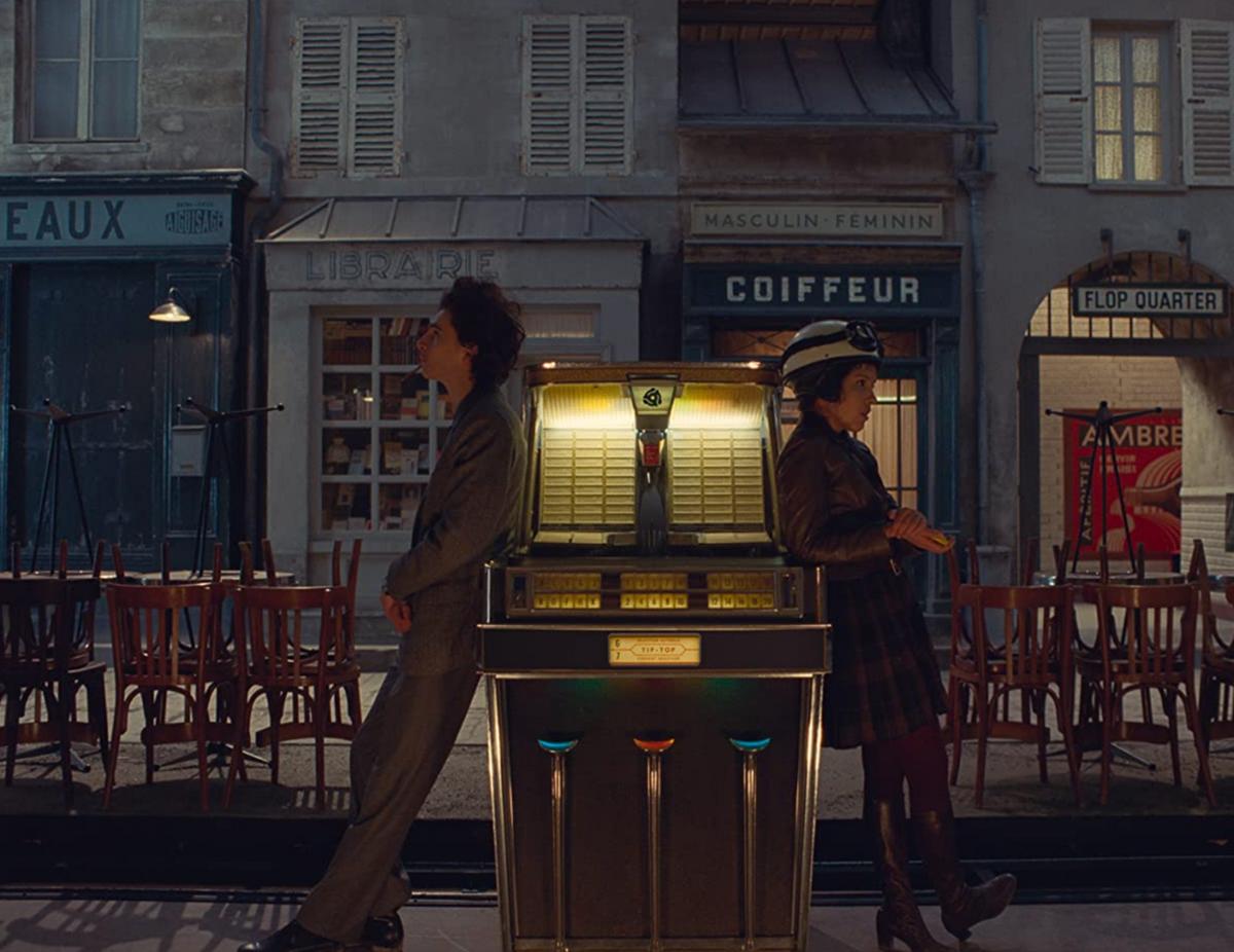 """Kurier Francuski zLiberty, Kansas Evening Sun"" (ang. ""The French Dispatch"") –nowy film Wesa Andersona"