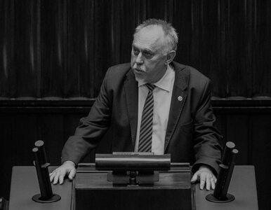 Kandydat na prezydenta wspomina zmarłego posła Janusza Sanockiego....