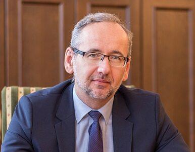 Nowym ministrem zdrowia nie zostanie lekarz. Kim jest Adam Niedzielski?