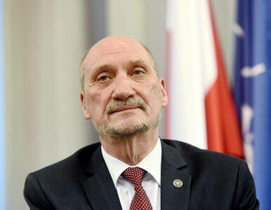 """Macierewicz broni swojego byłego współpracownika. """"Misiewicz jest..."""