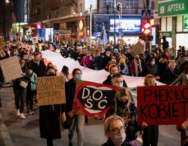 Policja podsumowała Strajk Kobiet. Podano informację o zatrzymaniach