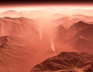 Sonda InSight wylądowała na Marsie. Przesłała pierwsze zdjęcie!