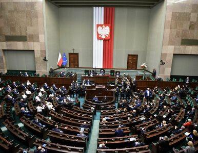 NA ŻYWO: Sejm zajmie się ustawą covidową. Co jeszcze na dzisiejszym...