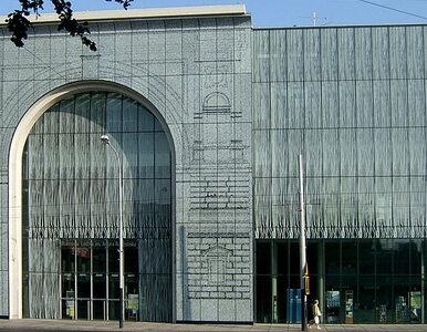 Bileterka Filharmonii Łódzkiej pracowała, mając koronawirusa. Służby...