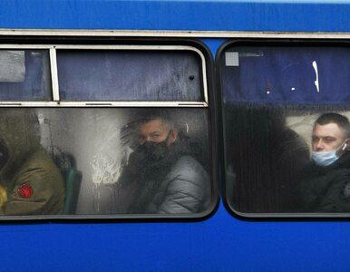 Surowe restrykcje w Kijowie. Miasto stanęło w korkach, a ceny za...