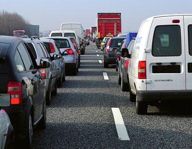 Wypadek na trasie A4, zderzyły się dwie ciężarówki i osobówka
