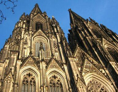 Bezcenna katedra drży. Przez metro