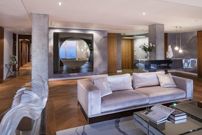 Trzy apartamenty pokazowe na50. piętrze ZŁOTEJ 44 zostały sprzedane