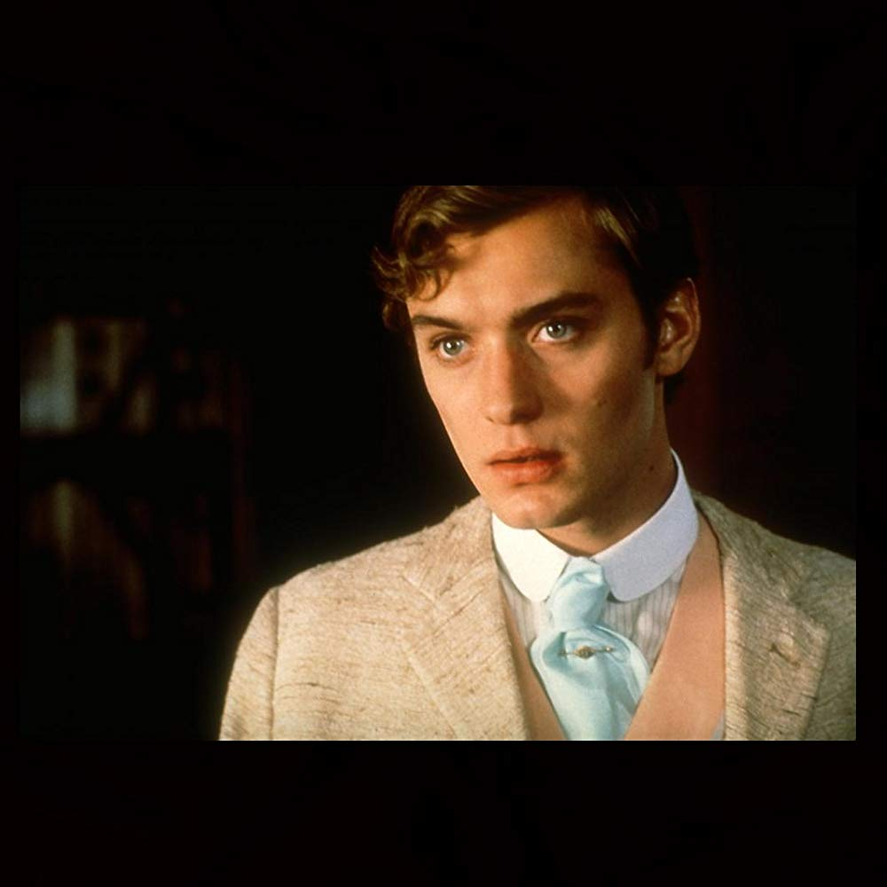 "Jude Law w filmie ""Wilde: Historia pisarza"" (1997)"